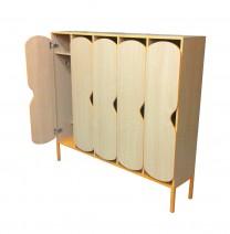 Шкафы и скамьи для раздевания